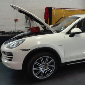 2015 Porsche Cayenne 3.0 V6 TD in workshop for stage 1 tuning